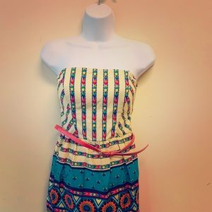 Cute strapless summer dress (only tried on)